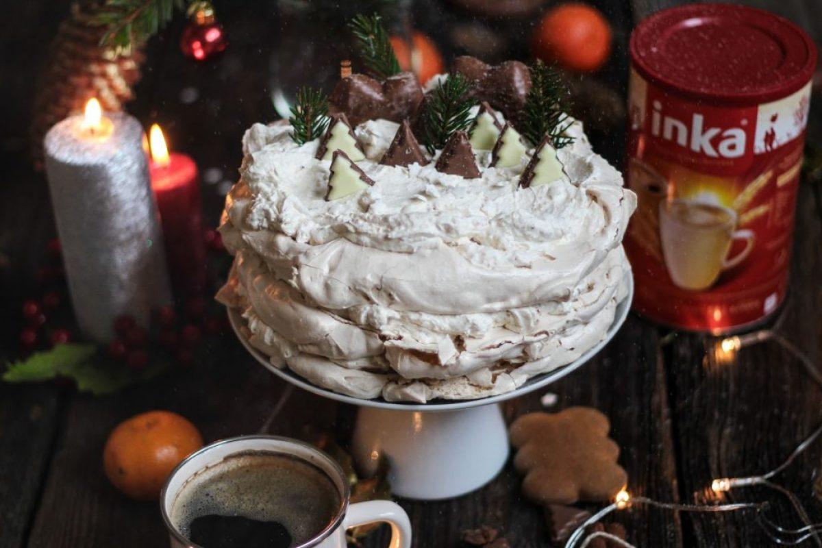 swiateczny-tort-z-inka