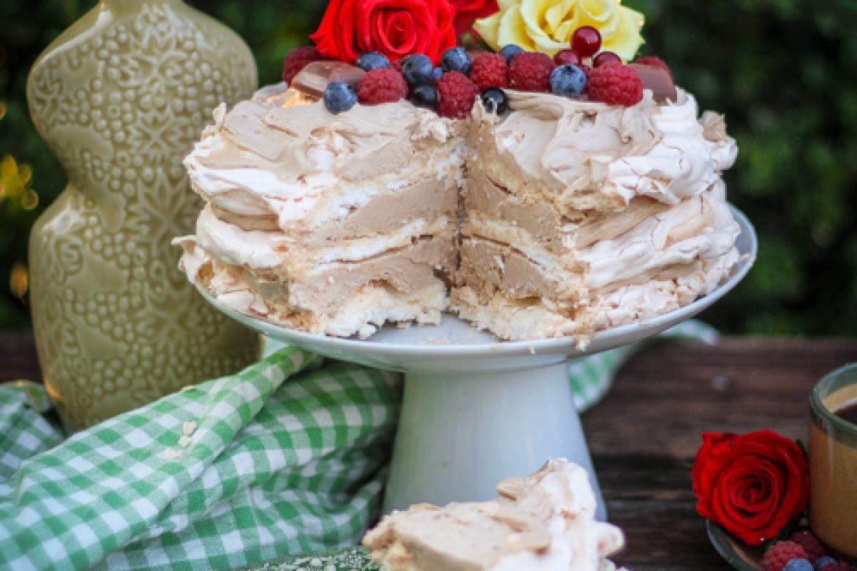 mrożony tort tiramisu